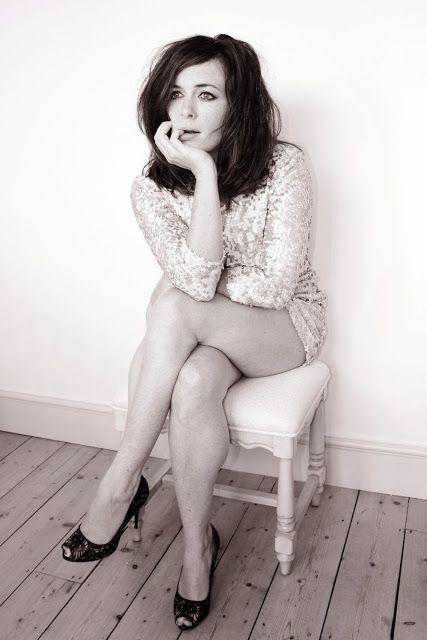 Eve Myles  wins  Wales' Sexiest Woman 2013 Award