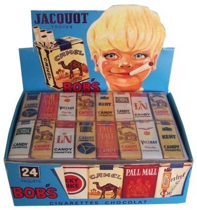 Cigarettes au chocolat : je finissais toujours par les manger trop tard. Le gout de ce chocolat périmé était juste infecte !