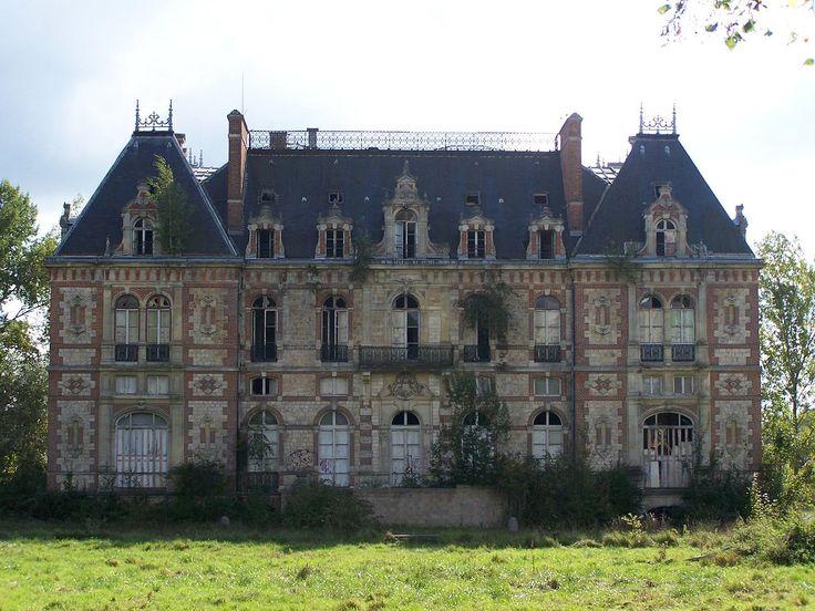 Château de Bonnelles. Yvelines, France.