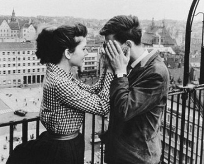 exPress-o: Love At First Sight?