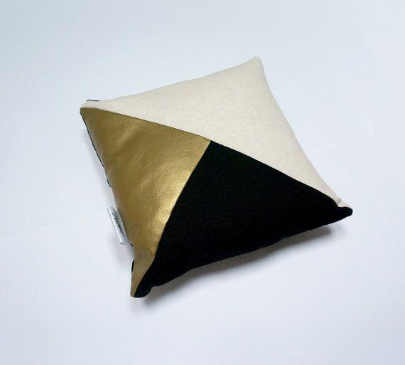 les 25 meilleures id es de la cat gorie coussin dor sur. Black Bedroom Furniture Sets. Home Design Ideas