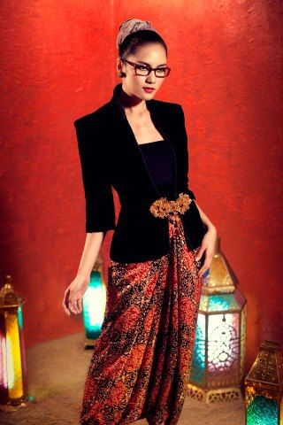 The 'nerdy' way to wear batik?? Qwqwww