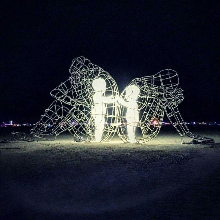 Love, artista ucraino