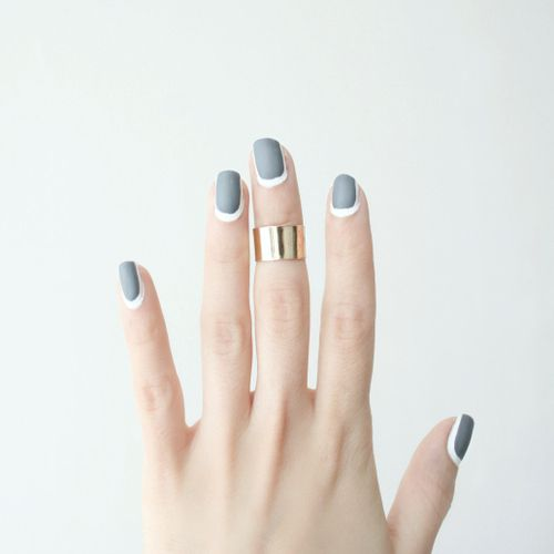 DIY Outlined Nails the Easier Way from Love Aesthetics here.