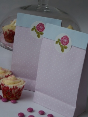 Pink blue and rose paper bags: Rose Paper