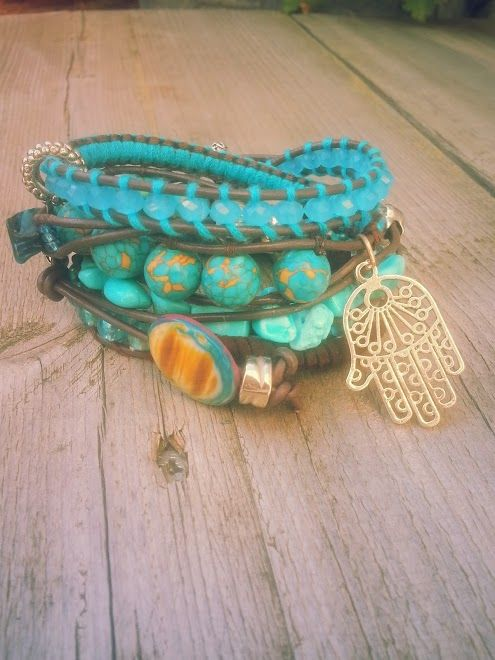 """Psili Amos"" (Verkocht)  Met edelsteen Turquoise en turquoise aquamarijn en facet geslepen kristal.  Past 5 á 6 keer om de pols.  Wrap it 5 or 6 times arround. Made this on the 28th of september. #Boho #Bohemian #Caarroos #Bracelets #Jewelry #Gipsy #Armband"