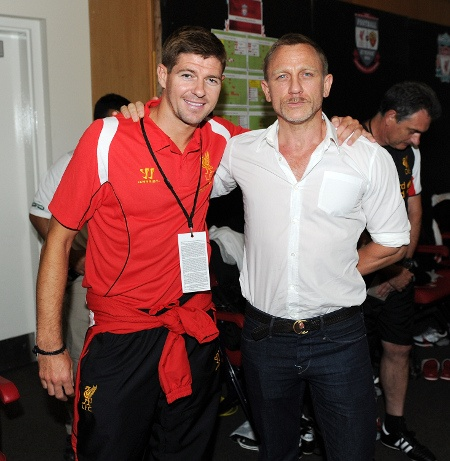 """James Bond is a Red"" - Daniel Craig and Steven Gerrard in Boston #LFC"