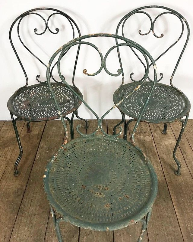 Vintage Antique French Metal Garden Bistro Chairs The Hoarde Bistro Table Outdoor Patio Furnishings Outdoor Patio Decor