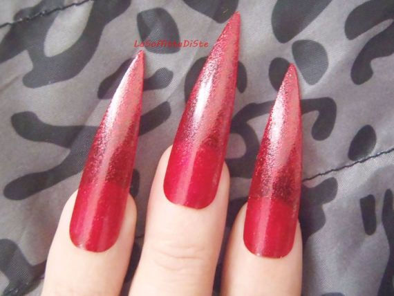 red medium long stiletto nails glitter costume vampire wag rock drag queen false nail gothic uñas quirky cosplay men pointy lasoffittadiste
