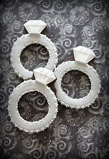 162 best Wedding engagement cookies and pops images on Pinterest ...