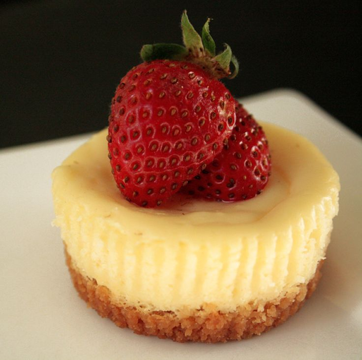 Bite Size Cheese Cake: 17 Best Images About Cheesecakes On Pinterest