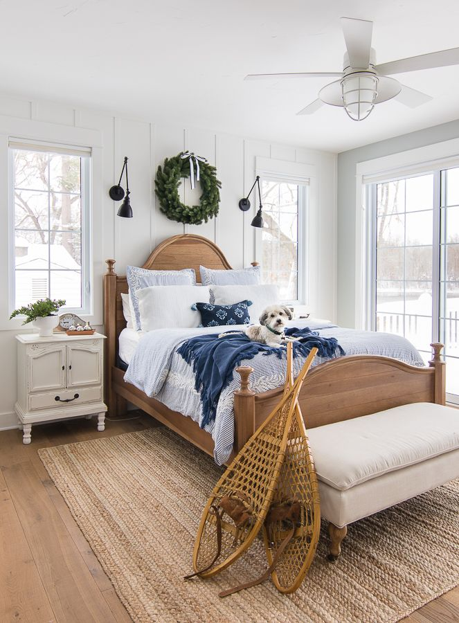 Blue and White Christmas Bedroom Decor Walls and Ceilings