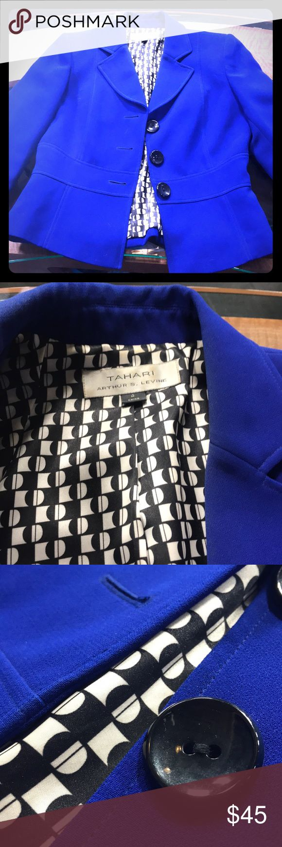 Tahari Royal blue jacket with black button detail Royal blue classic suit jacket perfectly paired with pants or skirt. Regular, loose fitting. Size 4, great shape. Fully lined, 100% polyester Tahari Jackets & Coats Blazers