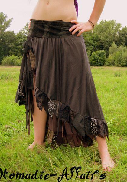 Jungdesigner Lagenrock von Nomadic-Affairs auf DaWanda.com, Lagenoptik zum drappieren.Liebevoll hergestellter Zipfelrock mit Jersey im Ethno - Look.