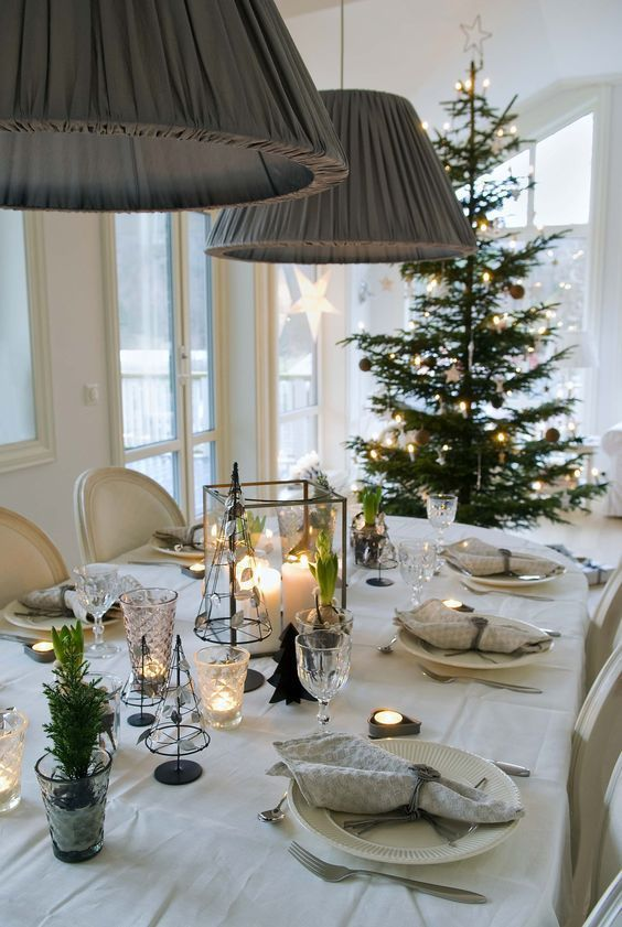 Gorgeous Christmas table for delicious holiday lunch