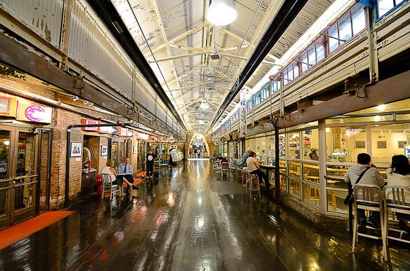 The food court of the famous #Chelsea Market in #Manhattan http://www.nyhabitat.com/blog/2013/07/15/live-like-local-chelsea-manhattan/