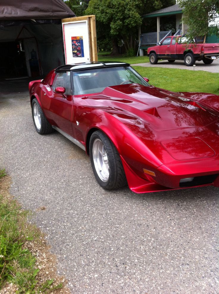 1977 Corvette Sting Ray I Just Painted In Candy Apple Red With Blue Green Pearl Graphics And