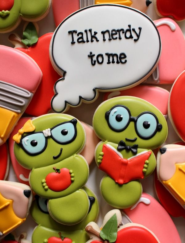 Adorable bookworm cookies are adorable