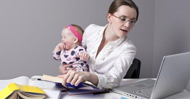 4 formas de eliminar a culpa da mãe que trabalha