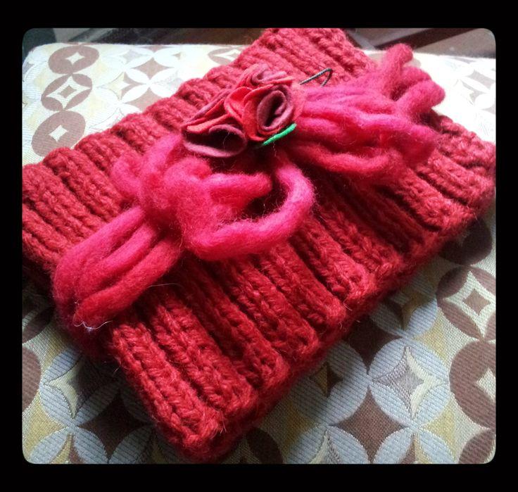 Cuello de lana con fieltro