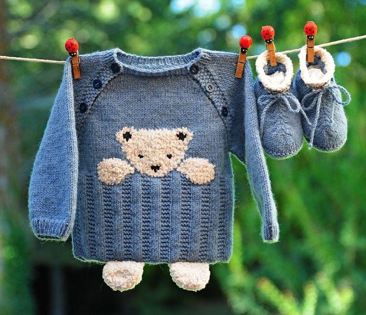 Layette ensemble 3 mois ourson brassière et chaussons bleu et beige neuf tricoté…