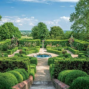 Trim  Tidy Boxwood Garden   Landscaping with Boxwoods - Southern Living Mobile