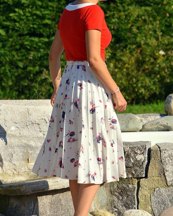 Vintage pleated skirt  plissè 50s style by CatsAndHatsVintage, €45.00