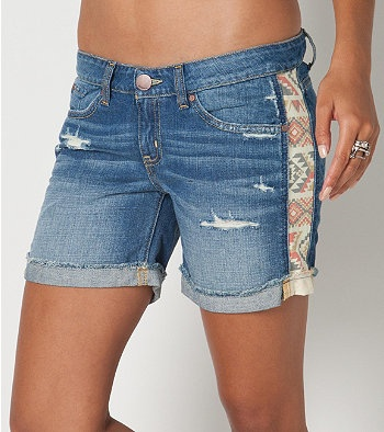 Fabric extender for jean shorts. Exactly what i needed for my daughter who decided to go through a growth spurt & practically jump from size 10 straight to 14... right after i just bought like 8 pairs of sz 12!