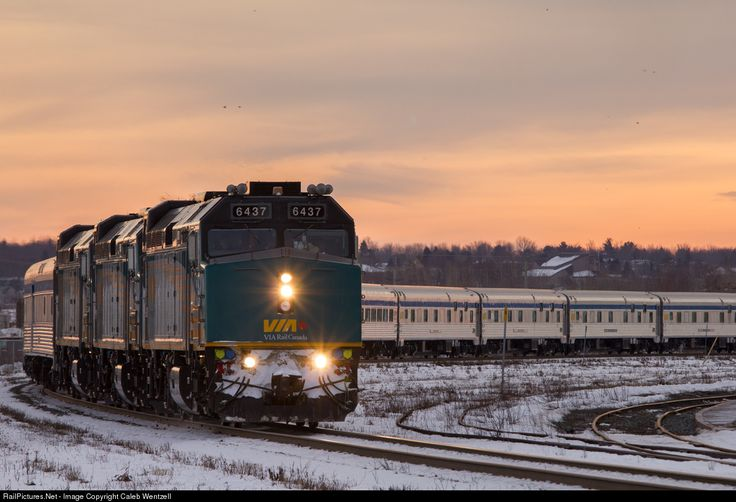 RailPictures.Net Photo: VIA 6437 VIA Rail EMD F40PH at Moncton, New Brunswick, Canada by Caleb Wentzell