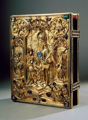 (via HEIRLOOM & ANTIQUE / The Vienna Coronation Gospels represent one of the most beautiful manuscripts of the Middle Ages and a major w...