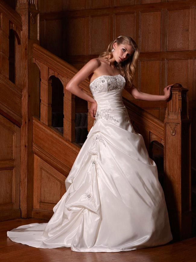 9d184e16be28 How to choose the right wedding dress for your body shape | Wedding ...