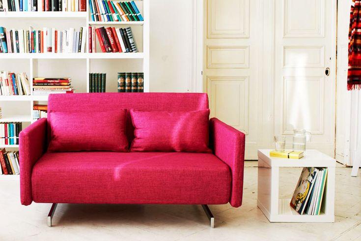 die besten 25 rote sofas ideen auf pinterest rotes sofa grau rot schlafzimmer und sofa. Black Bedroom Furniture Sets. Home Design Ideas