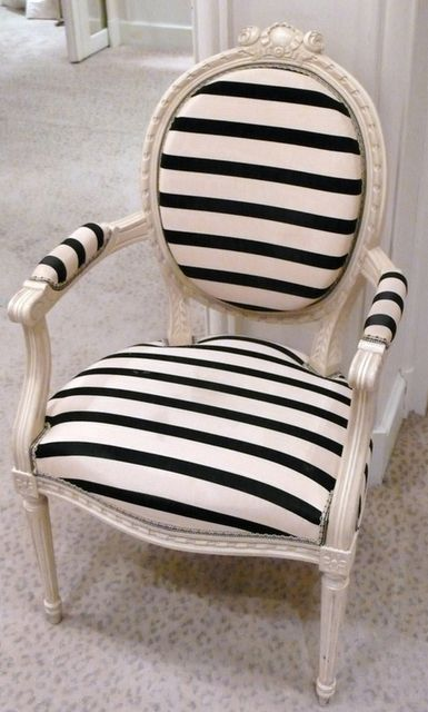 : Vintage Chairs, Black And White, Interiors Design, Black White, Stripes Chairs, French Chairs, Offices Chairs, Accent Chairs, Old Chairs