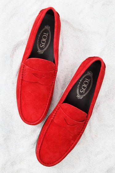 Guncel modayı takip eden arkadaşlar icin şık tasarımlı ile sezona damga vuran pastel renkli  ayakkabılar.