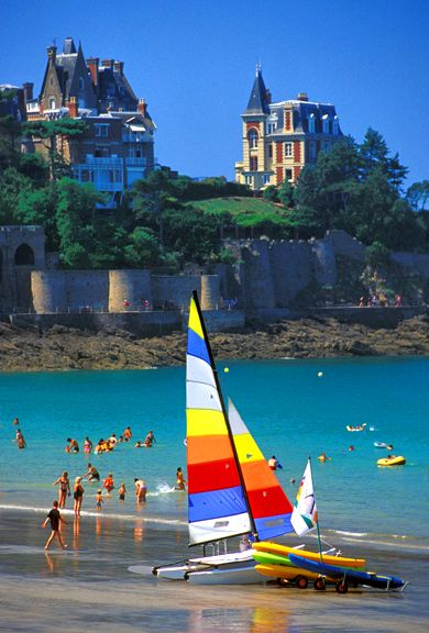 Dinard (Bretagne) Immersion in France http://www.authentiques-france-langue.com/dialogue-french-immersion-in-france-2/