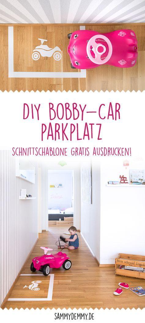 DIY Bobby-Car-Parkplatz 1. Drucke die Schablone von meinem Blog auf A4 aus. 2. Nimm ein Küchen-Schneidebrett zur Hand und klebe dicht an dicht Streifen eines weißen, breiten Klebebands aneinander (auf A4-Größe) 3. Schneide mit einem filigranen Bastelmesser mit viel Druck entlang der Kontur, so dass beide Schichten durchtrennt werden. 4. Klebe am Boden eine rechteckige Parkplatzbegrenzung auf und puzzele dann das Bobby-Car-Motiv Stück für Stück in die Mitte des Parkplatzes.