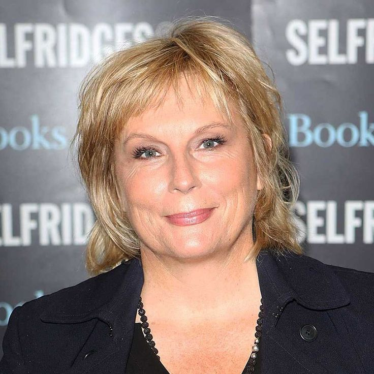 Jennifer Saunders with hairstyle for thin hair
