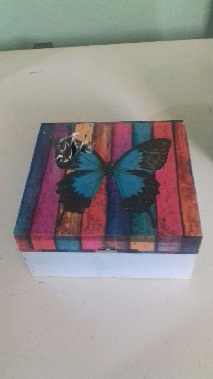 Caja de Te Mariposa Decoupage