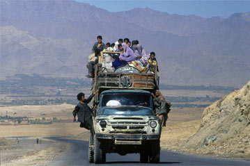 Vluchtelingen in Afghanistan, Hamayun moest vluchten uit ...
