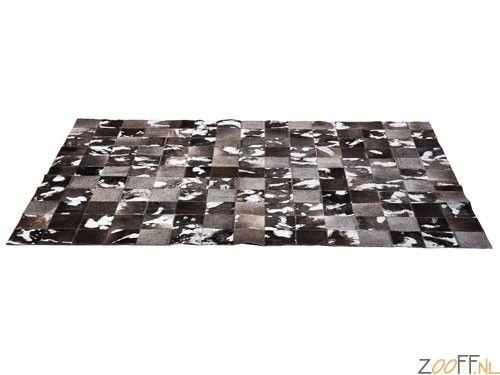Kare Design Cosmo Grey Carpet / Tapijt / Vloerkleed - Extreem bijzonder tapijt, bestaande uit geschakelde lapjes koeienhuid die in prachtige bruintinten en grijstinten is gekleurd. Breng de country sfeer in huis met dit prachtige, unieke vloerkleed.