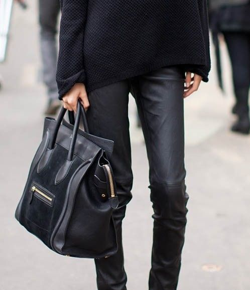 the leather leg + Celine.: Black Bags, All Black, Fashion Style, Celine Bags, Over Sweaters, Outfit, Allblack, Black Leather Pants, Leather Legs