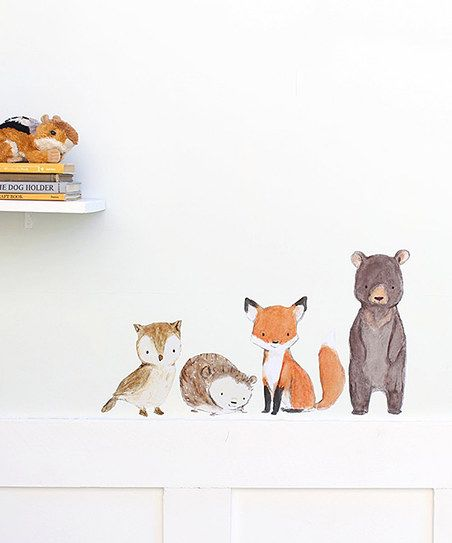 Add heartwarming style to the nursery with this adorable decal's fun animal design. It's also removable and repositionable for easy installations and adjustments.