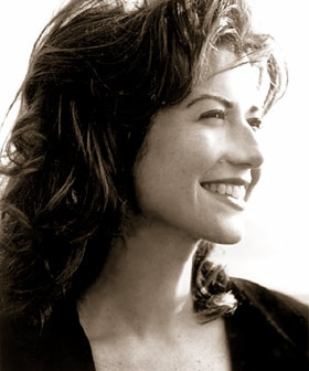 Amy Grant - Always smiling!