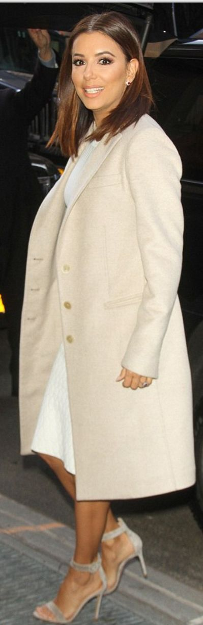 Who made  Eva Longoria's nude sandals and white skirt?