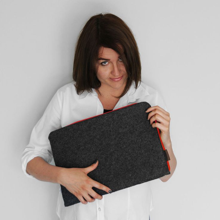 FELT MACBOOK SLEEVE 02 dark gray felt red zipper laptop cover all sizes by PurolDesignBags on Etsy #schutzhulle #schutz #hulle #filz #macbook #macbookair #retina #red #zipper