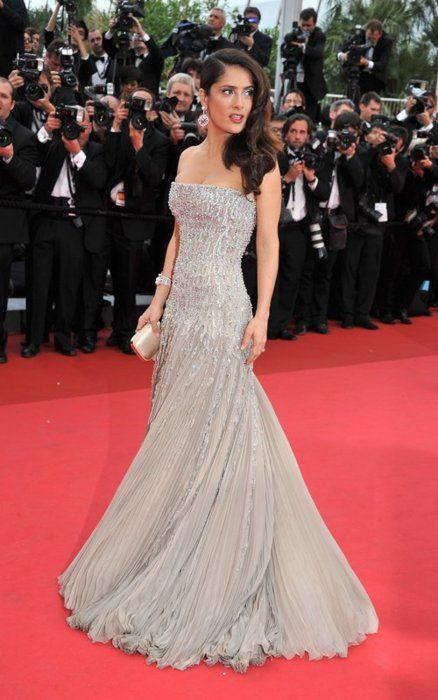 Salma hayek gorgeous silver couture gown on red carpet smashing 3rd annual smashing daily - Silver red carpet dresses ...