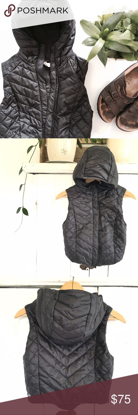 """🆕Listing! Lululemon vest • crop • Excellent condition! Lululemon hooded CROP vest. Size 2 • 16"""" bust • 15.5"""" long. This is meant to be short, please refer to measurements to ensure perfect fit! Front hidden pocket, and there also is a pocket on the inside back lining. Perfect for running! lululemon athletica Jackets & Coats Vests"""