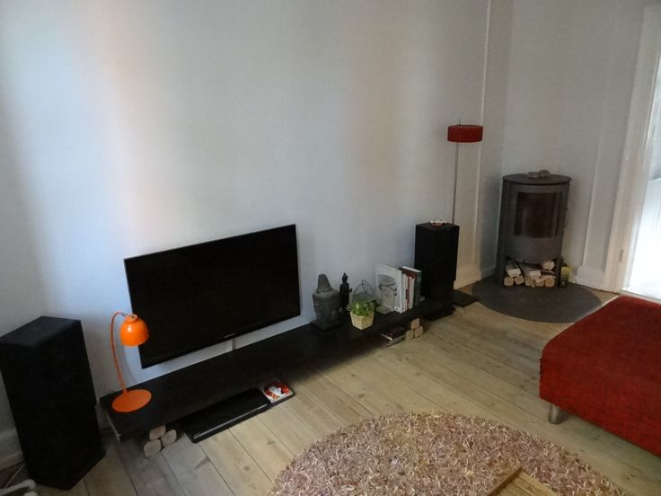 Very #Attractive location, you wil love this area by Skt. Hans Torv. #Rent includes fully furnished, TV, wireless internet, heating, quilts, sheets and towels. This #Apartment is available on a weekly basis in June - July 2014