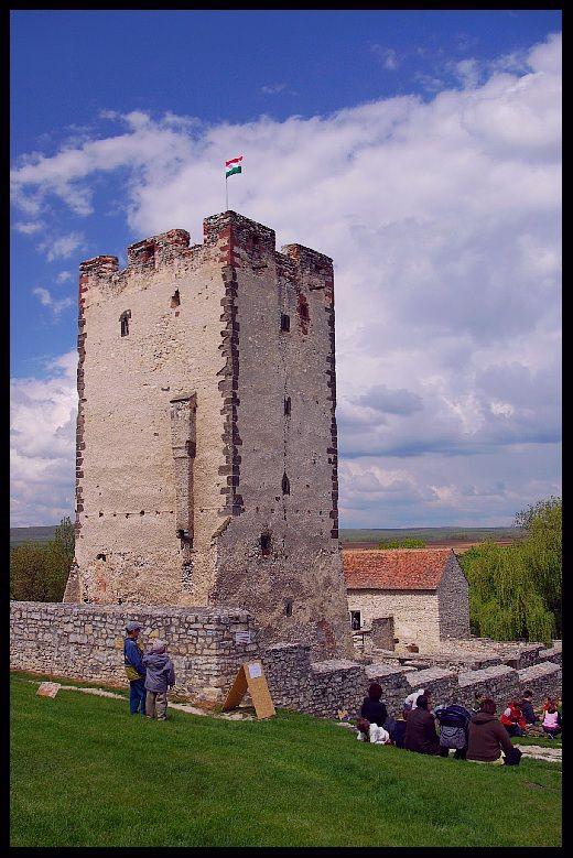 Medieval tower, Kinizsi Castle (vár), Nagyvázsony, Veszprem, Hungary Copyright: George Rumpler