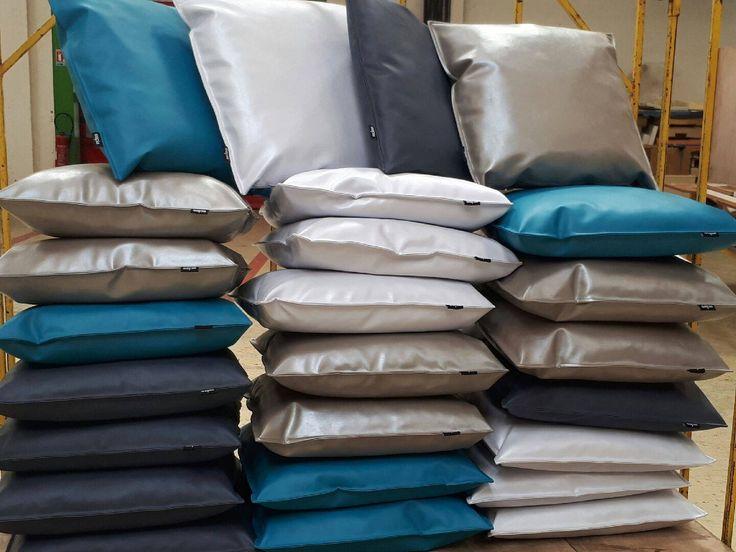 26 best coussins sur mesure espia images on pinterest. Black Bedroom Furniture Sets. Home Design Ideas